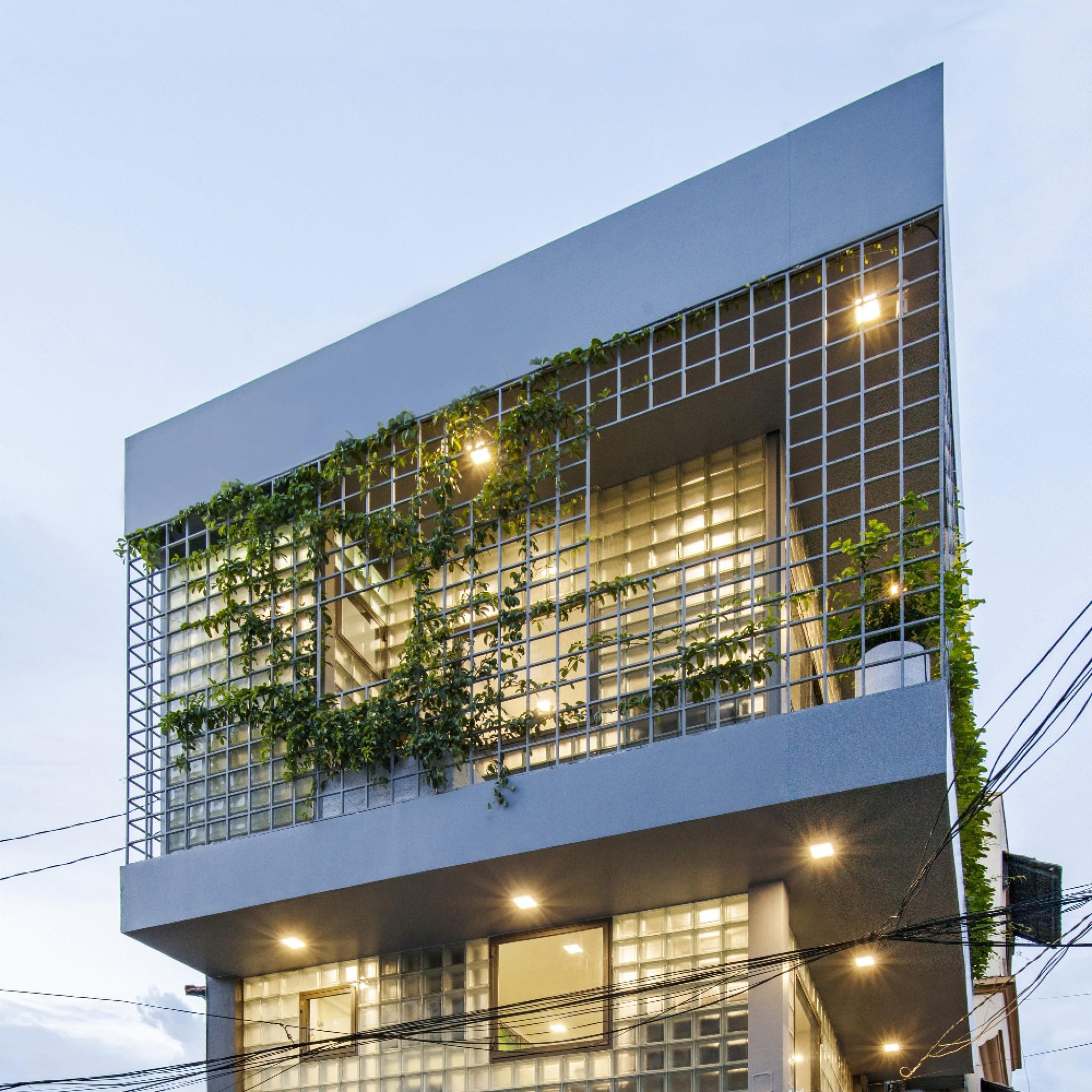 Glass-block Micro House - Dezeen Awards 2020