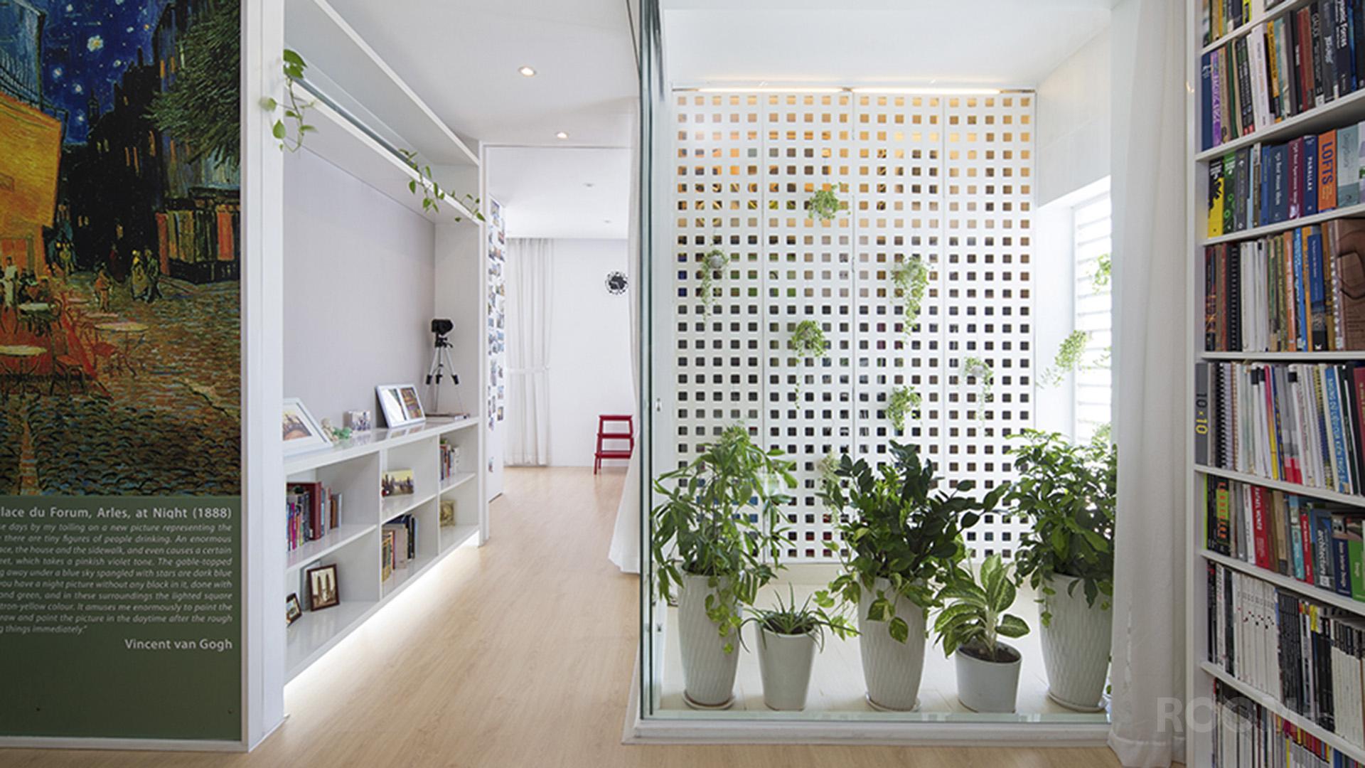 Light-box Apartment - Interior Magazine (01.07.2013)