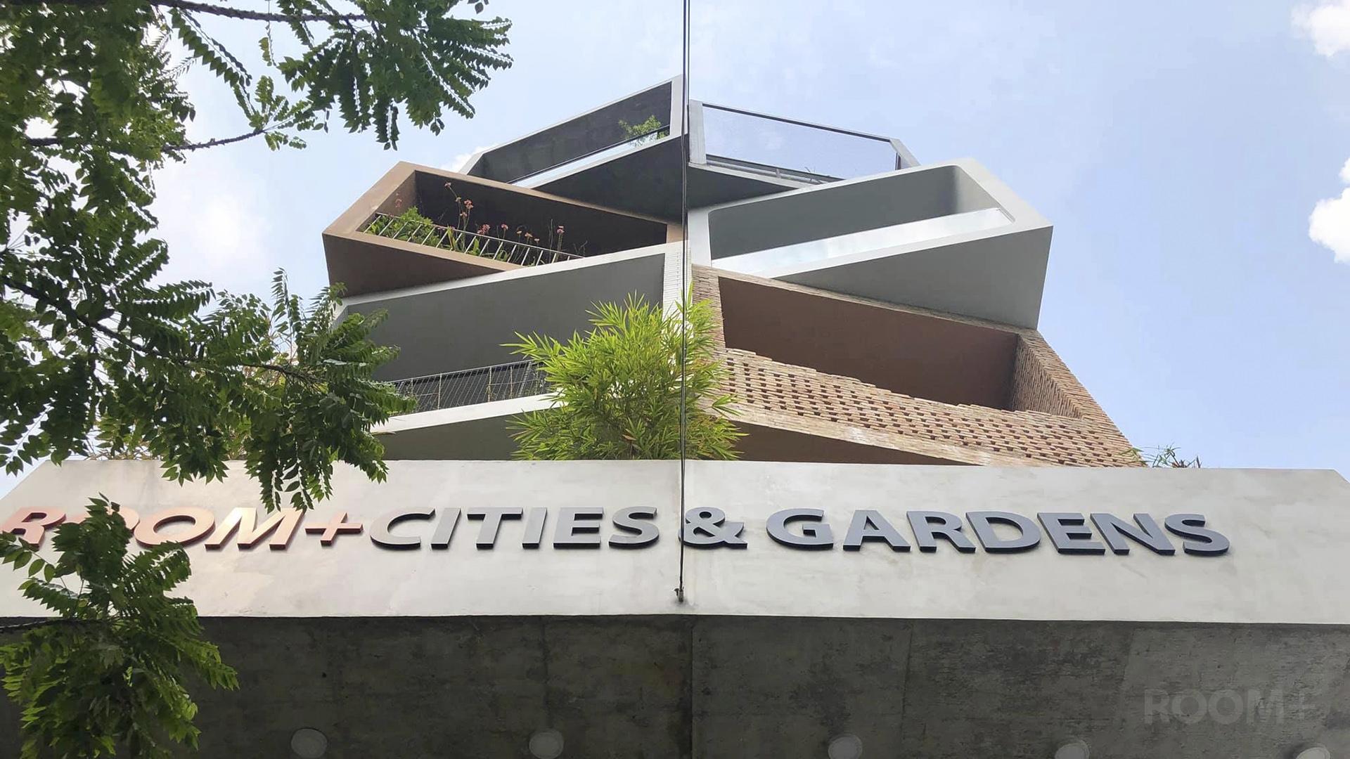 Tòa nhà Phố & Vườn