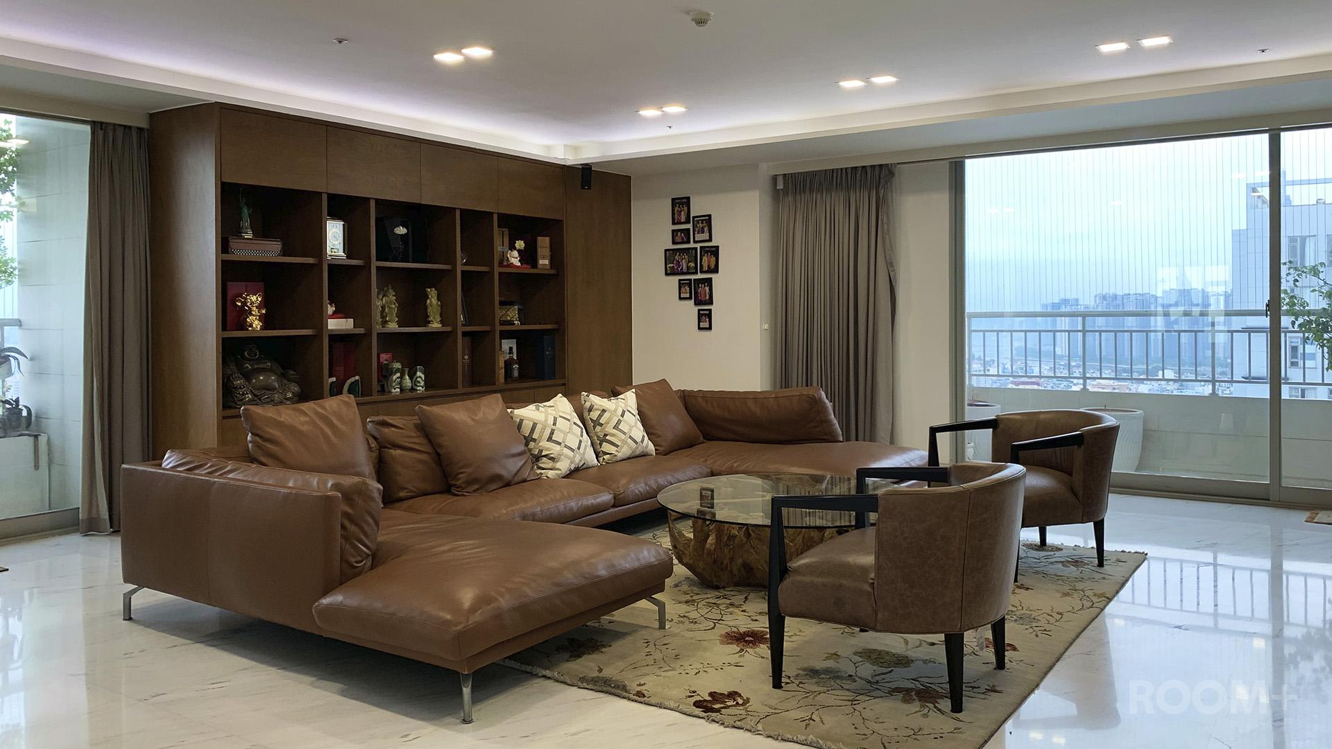 Wood & Stone Penthouse