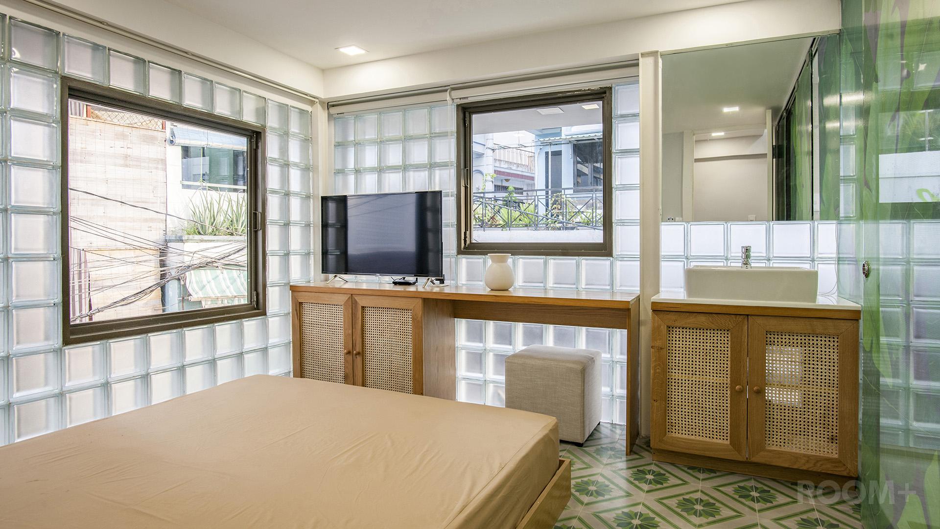 Nội thất phòng ngủ - Nhà gạch kính - ROOM+ (1)