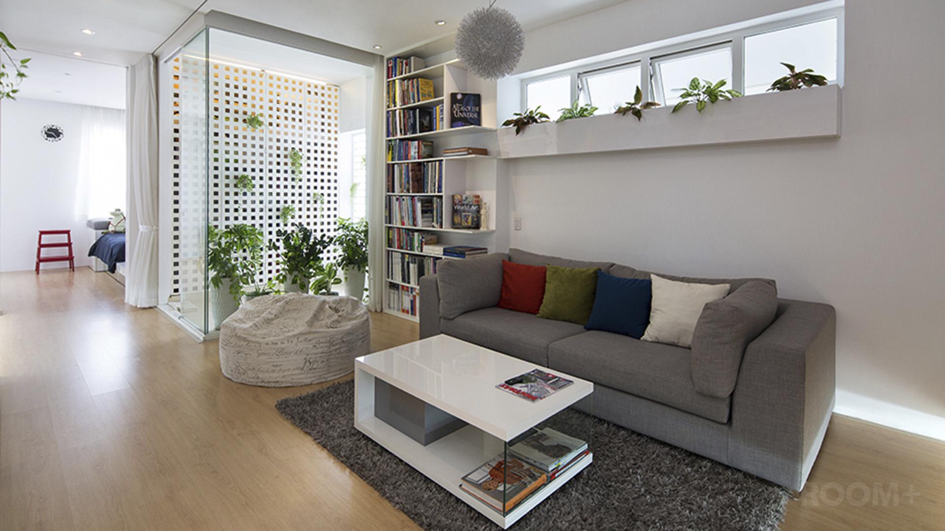 ROOM+ Light-box Apartment (1)